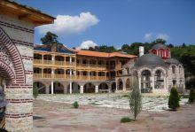 Гигински и Клисурски манастири и Банкя - полудневна екскурзия